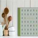 Egyedi tervezésű, illusztrált receptkönyv, receptfüzet, kemény borítós könyv zsályalevelekkel zöld, kék, szürke színek, Konyhafelszerelés, Koszorú, Receptfüzet, Egyedi tervezésű, illusztrált receptkönyv, receptfüzet, kemény borítós könyv zsályalevelekkel zöld, ..., Meska