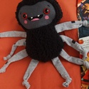 Ici-pici pók figura 8., Dekoráció, Játék, Plüssállat, rongyjáték, Tőle nem kell megijedni, mert ez a kedves, puha kis pókocska garantáltan vidámságot hoz az ősz..., Meska