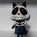 Csontváz cica textil figura , Dekoráció, Játék, Játékfigura, Plüssállat, rongyjáték, Ilyen vagány csontváz cica biztosan nem fog szembejönni velünk az utcán!  Ijesztően aranyos  kis bar..., Meska