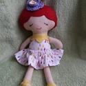 Pöttöm piroska textilbaba, Játék, Baba, babaház, Kb 30 cm magas öltöztethető textilbabát készítettem, aki gyönyörü dekoráció lehet egy kislány vagy n..., Meska
