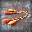Őszi hangulatú, narancsos barnás, rojtos fülbevaló, Ékszer, Fülbevaló, Ezt a darabot az ősz rozsdás színeivel készítettem, saját készítésű rojtokkal, pamutfonalb..., Meska
