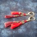 Őszi hangulatú, rozsdás pirosas, rojtos fülbevaló, Ékszer, Fülbevaló, Ezt a darabot élénk piros és rozsdás bordó őszies színekkel készítettem, saját készítésű rojtokkal, ..., Meska