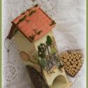 Mediterrán teafilter tartó házikó, Otthon, lakberendezés, Férfiaknak, Konyhafelszerelés, Tárolóeszköz, Mediterrán teafilter tartó házikó    A fából készült hófehér házikó különleges rózsamintával díszíte..., Meska