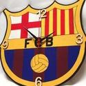 Barcelona falióra, Ékszer, óra, Otthon, lakberendezés, Falióra, Festészet, Mindenmás, Fa, egyedi formájú alapanyagra, kézzel festett Barcelona logo-s falióra focirajongóknak, néma órasz..., Meska