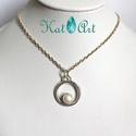 Ezüst medál tenyésztett gyönggyel, Ékszer, Medál, Ez a 2,8 grammos ezüst medál minden klasszikus öltözethez tökéletes kiegészítő lehet. A medál átmérő..., Meska