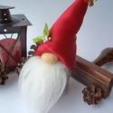 Kicsi karácsonyi gnóm, Dekoráció, Ünnepi dekoráció, Karácsonyi, adventi apróságok, Karácsonyi dekoráció, Mindenmás,  Szürke és piros színű gnómocska készült kb. 15 cm-es magasságban. Szélessége nagyjából 5 cm. Kis r..., Meska