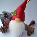 Közepes karácsonyi gnóm, Dekoráció, Ünnepi dekoráció, Karácsonyi, adventi apróságok, Karácsonyi dekoráció, Mindenmás,  Szürke és piros színű gnóm készült kb. 20 cm-es magasságban. Szélessége nagyjából 7 cm. Kis rizzse..., Meska