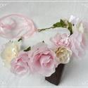 Nagy méretű rózsás fejkoszorú, menyasszonyi fejdísz, Esküvő, Hajdísz, ruhadísz, Mindenmás, 100 %-ban kézzel készült, nagy virágok alkotják ezt a fejkoszorút, melyet bohókás esküvőre a menyas..., Meska