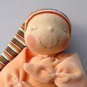 Mini rongyi baba- narancs, Játék, Baba, babaház, Plüssállat, rongyjáték, Baba játék, Puha plüss Waldorf jellegű baba a legkisebbeknek. Feje műszálból kézült. Magassága kb. 27 cm, plusz ..., Meska