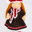 Téli baba, Játék, Baba-mama-gyerek, Baba, babaház, Elegáns, ámde huncut vörös hajú, manósapkás leányzó, kitűnő szülinapi, karácsonyi ajándék. Természet..., Meska