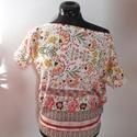 Lazac virágos póló, Ruha, divat, cipő, Női ruha, Felsőrész, póló, 100 % pamutból készült virágos póló.  Méret: M, 38-40 Hossza: 58 cm  Kérdezz bátran, ha szeretnél mé..., Meska