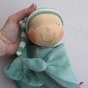 Mini rongyi baba- zöld, Játék, Baba, babaház, Plüssállat, rongyjáték, Baba játék, Puha plüss Waldorf jellegű baba a legkisebbeknek. Feje műszálból kézült. Magassága kb. 27 cm, plusz ..., Meska