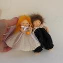 Menyasszony- vőlegény apró baba páros 2., Esküvő, Esküvői dekoráció, Meghívó, ültetőkártya, köszönőajándék, Kb. 12 cm magas menyasszony- vőlegény felakasztható baba pár dekorációs célra. Lehet köszönőajándék ..., Meska