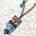 Bagoly nyaklánc, Ékszer, óra, Medál, Nyaklánc, Ékszerkészítés, Gyurma, <3 Aprólékos munkával készült, édes szivecskés bagoly.   A medál: 4 cm. Lánc hossza: 50 cm.   Köszö..., Meska