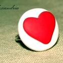 LOVE, Ékszer, Szerelmeseknek, Gyűrű, Süthető gyurmából készült, szívecskés gyűrű. Egyszerű, letisztult igazi kézműves ékszer :)   Átmérőj..., Meska
