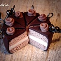 Csokis tortaszelet , Tortaszelet a fülbe?...  Miért ne! Boldogság ho...