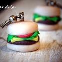 Burger - füli , Ékszer, Fülbevaló, Egy laza és vidám nap tökéletes kiegészítője lehet ez a Mcdonald's fülbevaló. <3  Mérete: 1,5* 1 cm...., Meska