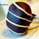Bonbon gyűrű, Ékszer, Ruha, divat, cipő, Gyűrű, Csoki bonbon gyűrűt készítettem süthető gyurmából. Szigorúan édesszájúaknak ;)  A boltomban találsz ..., Meska