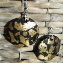 Fekete-arany fülbevaló, Süthető gyurmából készült fülbevaló. Alkal...
