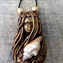 Spirituális nyaklánc, Ékszer, Medál, Nyaklánc, Süthető gyurmából készítettem ezt a medált. A tengeri boszorkányok olyan karakterek, amelyeket a ten..., Meska