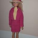 Kézzel horgolt barbie ruha/kosztüm, Játék, Baba, babaház, Horgolás, Kézzel horgolt Barbie kosztüm.  A szett tartalma: magasan záródó ujjatlan ruhácska, színben hozzáil..., Meska