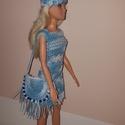 Barbie babaruha, Játék, Baba játék, Baba, babaház, Horgolás, Horgolt,  kék-fehér színátmenetes csipke ruha, hozzáillő kis kalappal és válltáskával. A ruha hátul..., Meska