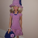 Barbie babaruha, Játék, Baba játék, Baba, babaház, Horgolás, Horgolt, rózsaszín Barbie babaruha, csipke szoknyarésszel. A ruha hátul patenttal záródik. Hozzáill..., Meska