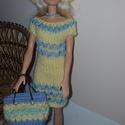 Barbie babaruha, Baba-mama-gyerek, Játék, Baba játék, Baba, babaház, Kézzel kötött halványsárga-világoskék Barbie babaruha, hozzáillő kis kalappal,kézitáskáv..., Meska