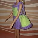 Barbie babaruha, Baba-mama-gyerek, Játék, Baba játék, Baba, babaház, Kézzel kötött, lila-sárga Barbie babaruha kiegészítőkkel., Meska