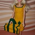 Barbie babaruha, Baba-mama-gyerek, Játék, Baba játék, Baba, babaház, Kézzel kötött, narancssárga-zöld Barbie babaruha, kiegészítőkkel, Meska
