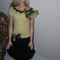 Barbie babaruha, Kézzel kötött, sárga-fekete Barbie babaruha ki...