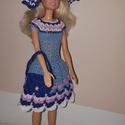 Barbie babaruha, Játék, Baba, babaház, Baba játék, Játékfigura, Horgolás, Horgolt Barbie babaruha hozzáillő kalappal és kézitáskával. A ruha 30 cm-es Barbie babára illik. A ..., Meska
