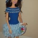 Barbie babaruha, Játék, Baba, babaház, Kézzel horgolt kék Barbie babaruha, csipke szoknyarésszel, hozzáillő, horgolt virágokkal dísz..., Meska