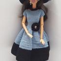 Barbie babaruha, Horgolt kék-fekete koktélruha, kalappal es nyakl...