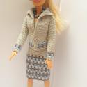 Barbie ruha, Horgolt együttes Barbie babának. Ruha, kabátka,...