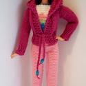 Barbie babaruha, Horgolt rózsaszín  nadrág, színes top és köt...