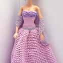 Barbie babaruha, Játék, Baba, babaház, Horgolt pink báliruha fazonú estélyi ruha, mell részen gyöngyökkel díszítve, hozzáillő horgolt csill..., Meska