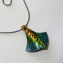 kék-zöld nyaklánc , Ékszer, Medál, Nyaklánc, Terveztem nyakláncot is a fülbevalóhoz és a karperechez. Domborított fém felülettel készült.  Hátold..., Meska