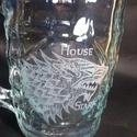 GAME of Thrones söröskorsó, Férfiaknak, Legénylakás, Sör, bor, pálinka, Üvegművészet, Az 1 literes söröskorsóra a népszerű GAME of Thrones sorozat STARK Ház jelképét kézzel gravíroztam,..., Meska