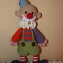 Horgolt bohóc, Játék, Játékfigura, Horgolás, Pamut-akril fonalból készült, 35 cm magas  Vatelinnel töltött, 30 fokon kézzel mosható figura. Szem..., Meska