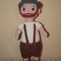 Tiroli vadász, Játék, Játékfigura, Horgolás, A baba pamut-akril fonalból készült, 37 cm magas, vatelinnel töltött, szemei biztonsági babszemek. , Meska
