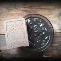 Holt tengeri iszapos szappan sheavajjal, Szépségápolás, Szappan, tisztálkodószer, Kecsketejes szappan, Natúrszappan, Szappankészítés, Életfa mintás szappan!   Összetétel: olívaolaj, kókuszolaj, napraforgó olaj, sheavaj, kecsketej, ví..., Meska