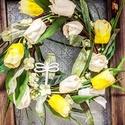 Tulipános ajtodisz, Dekoráció, Otthon, lakberendezés, Ajtódísz, kopogtató, Vesszoalapon tulipanok sora, Meska