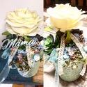 Fehér rózsa asztaldísz, Dekoráció, Otthon, lakberendezés, Asztaldísz, Keramia kaspoban a képen látható asztali dekoracio, Meska