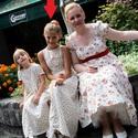 Nyári, alkalmi, virágos maxiruha tini lánykának, Ruha, divat, cipő, Gyerekruha, Kamasz (10-14 év), Varrás, Ezt a csinos ruhácskát a párom kislányának készítettem, az esküvőnkre. Mivel csak ünneplőnek hordta..., Meska