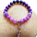 """Lila achát ásványkarkötő violinkulccsal - színátmenetes """"ombre"""" ásvány karkötő, Ékszer, Karkötő, Ékszerkészítés, Gyöngyfűzés, gyöngyhímzés, Ajándék díszcsomagolásban. Ezt az egyedi lila színátmenetes, azaz """"ombre"""" ásvány karkötőt 8mm-es li..., Meska"""