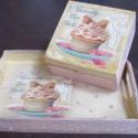 Muffinos, süteményes tálca és sütis doboz, Fatálcát díszítettem ínycsiklandó sütemény...