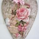 Óriás szív - szívesen, Dekoráció, Otthon, lakberendezés, Mindenmás, Ajtódísz, kopogtató, 40 centis fa szivet díszítettem csodás rózsával, három dimenziós elemekkel, szalagokkal. Tehe..., Meska