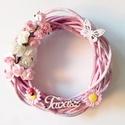 tavaszi virágos koszorú, ajtódísz, kopogtató, A rózsaszín vesszőkoszorút virágok, pillangó...