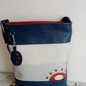 Lyukasztàssal  díszített tàska+ kulcstartó, Táska, Válltáska, oldaltáska, Textilbőrből készült  közepes méretű táska. +  kulcstartó. Egyedi  lyukasztott díszítéss..., Meska